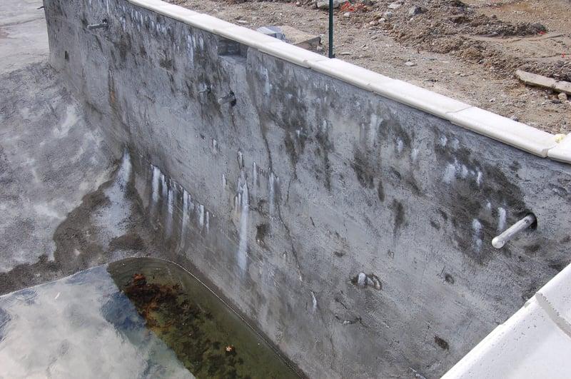 concrete pool, concrete pool construction, weeper, concrete weeper, pool weepers, pool leak
