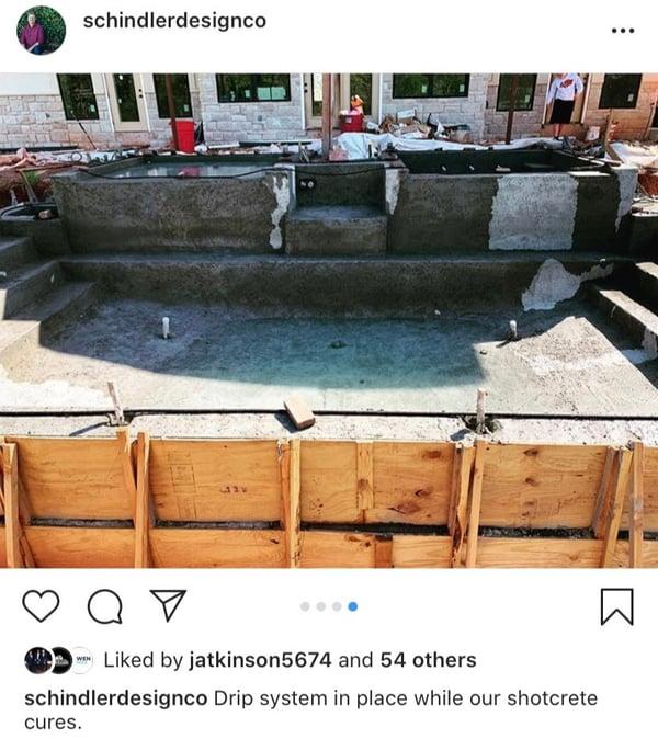 sistema de goteo de concha de hormigón para piscinas