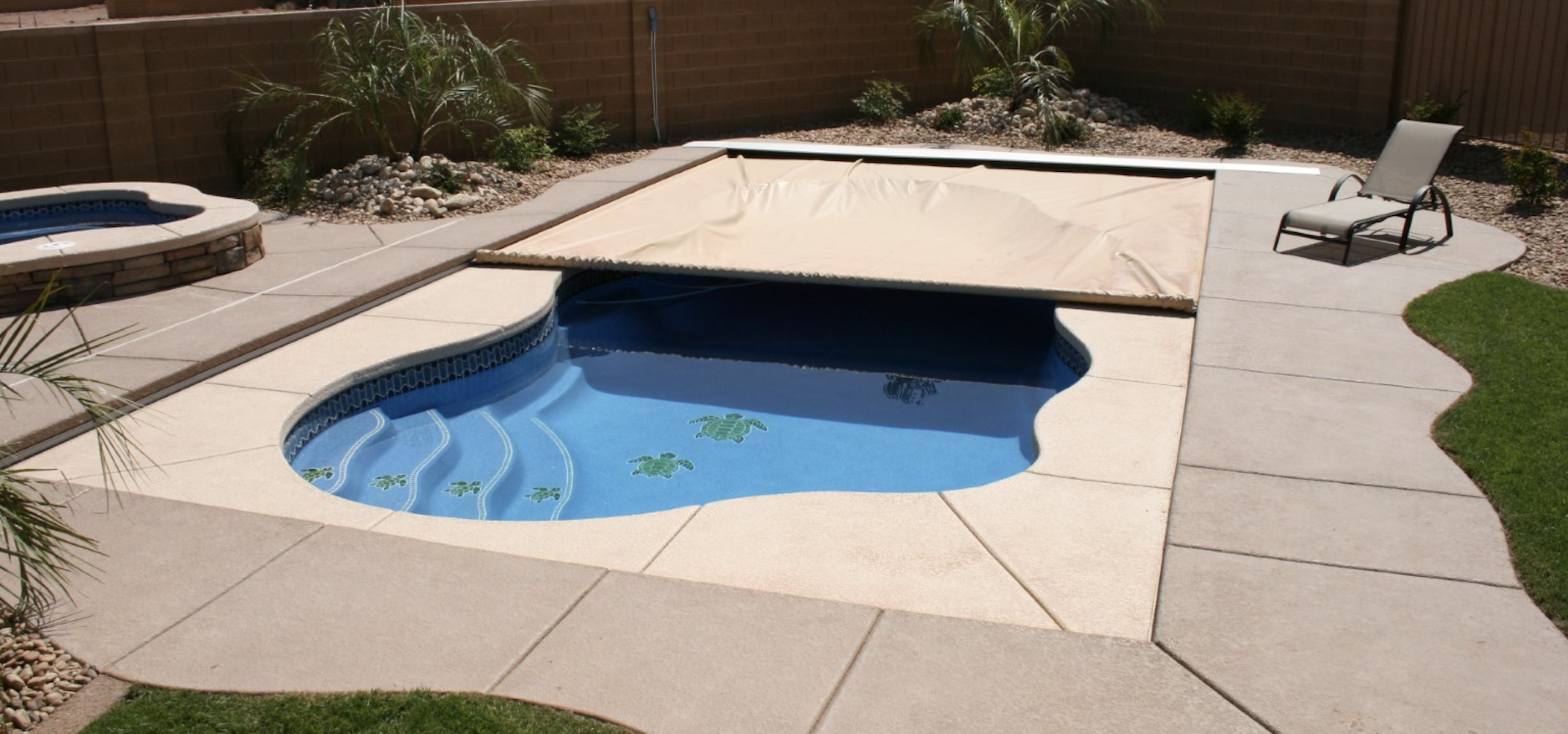 latham pool cover, automatic pool cover, pool safety cover
