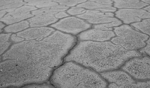 shrinkage cracks concrete pool shell-1
