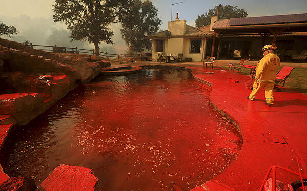 wildfire retardant, wildfire pool, fires and pools, fire extinguishers and pools